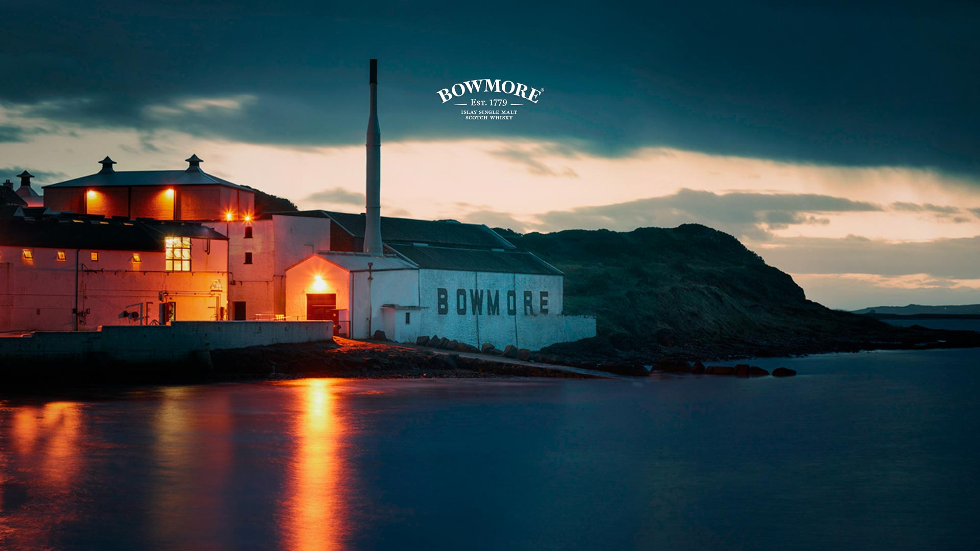 bowmore-distillery-across-loch-indaal