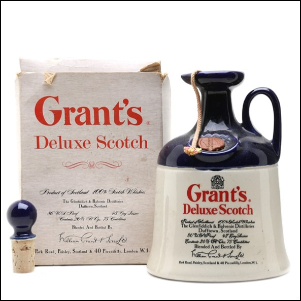 Grant's Deluxe Scotch Bottled 1970s - Ceramic Decanter 75cl 43%