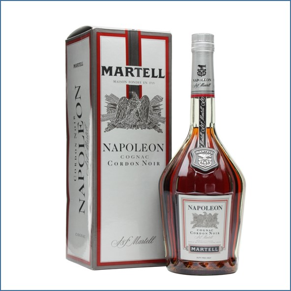 馬爹利收購 NAPOLEON 白標